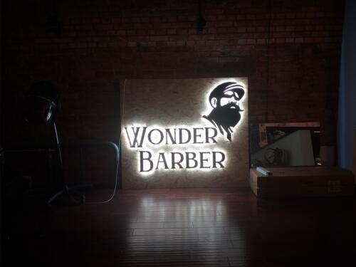 logo podświetlane wonder